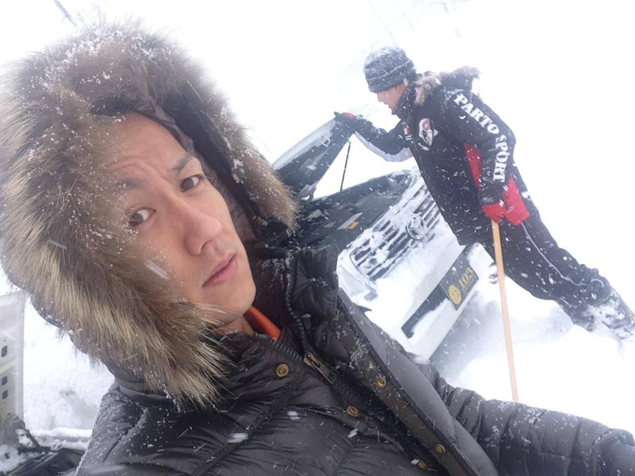 東京オートサロン準備の予定が除雪始めに、明寿ブログ、ランクル200ディーゼル_b0127002_20214125.jpg