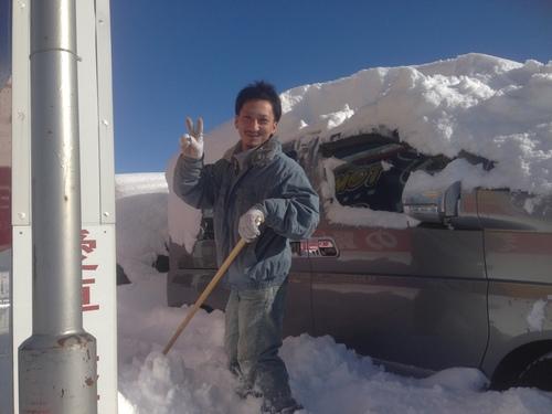 東京オートサロン準備の予定が除雪始めに、明寿ブログ、ランクル200ディーゼル_b0127002_20302498.jpg
