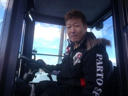東京オートサロン準備の予定が除雪始めに、明寿ブログ、ランクル200ディーゼル_b0127002_203421.jpg