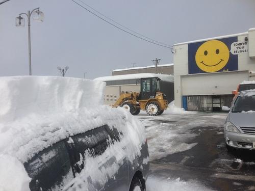 東京オートサロン準備の予定が除雪始めに、明寿ブログ、ランクル200ディーゼル_b0127002_20431098.jpg