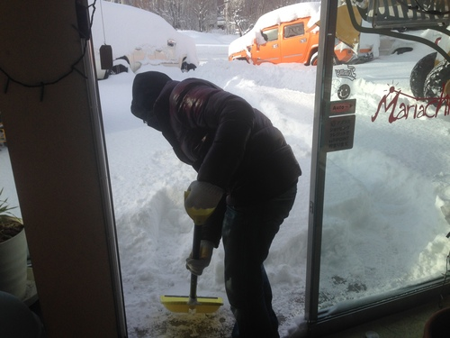 東京オートサロン準備の予定が除雪始めに、明寿ブログ、ランクル200ディーゼル_b0127002_2093276.jpg
