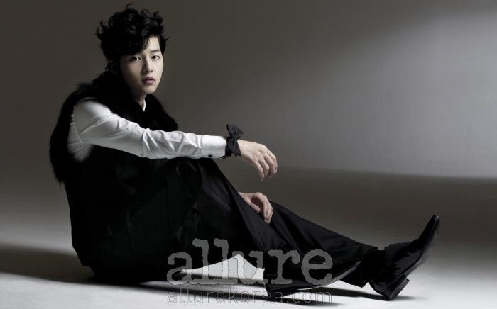 allure koreaさん(2010.12)_f0222915_21562828.png
