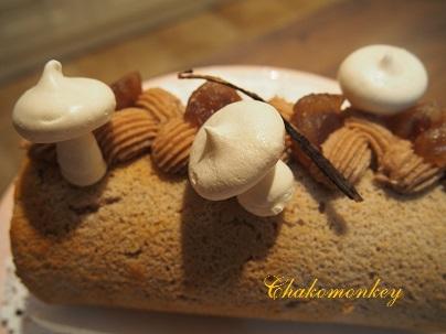 モンブランロールケーキを習う♪_f0238789_2411172.jpg