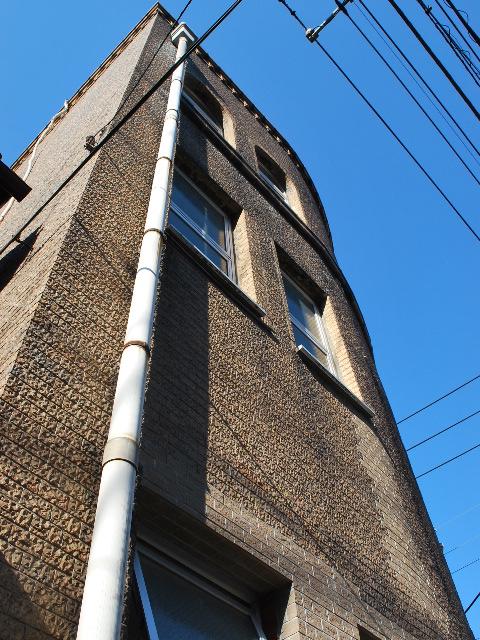 東京深川の村林ビル(建築家・関根要太郎作品研究)_f0142606_2138168.jpg