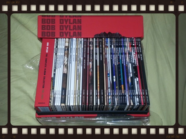BOB DYLAN / THE COMPLETE COLUMBIA ALBUMS COLLECTION VOL.ONE_b0042308_21245294.jpg