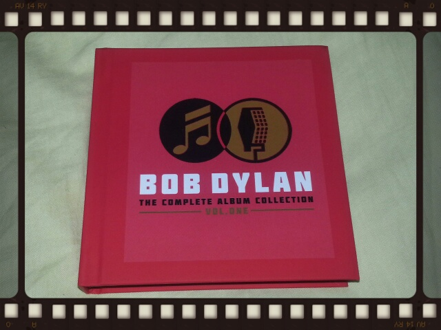 BOB DYLAN / THE COMPLETE COLUMBIA ALBUMS COLLECTION VOL.ONE_b0042308_21245691.jpg