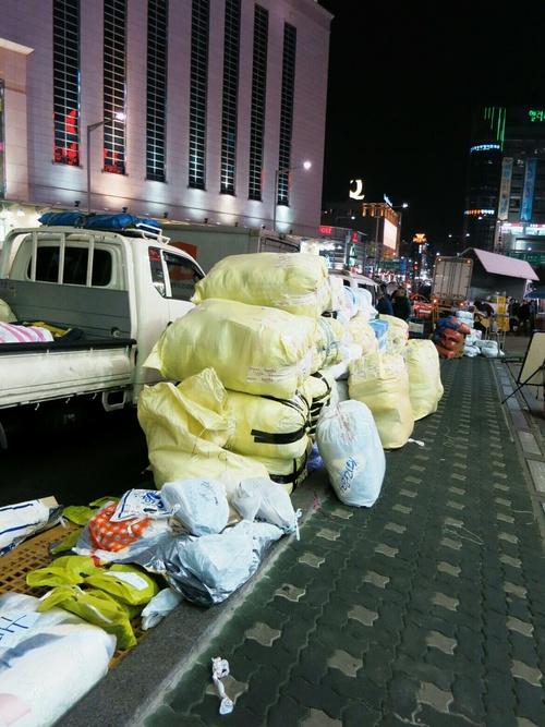 X'mas in Seoul ⑤Luxuilleのレザートートバッグと露店の手袋❤_f0236260_1165667.jpg