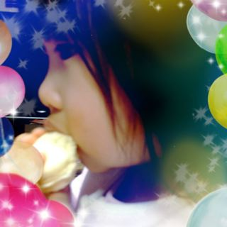 「マカロン、ひとりで二つ食べちゃった(笑)」by めいっこちゃん_f0144003_01005557.jpg