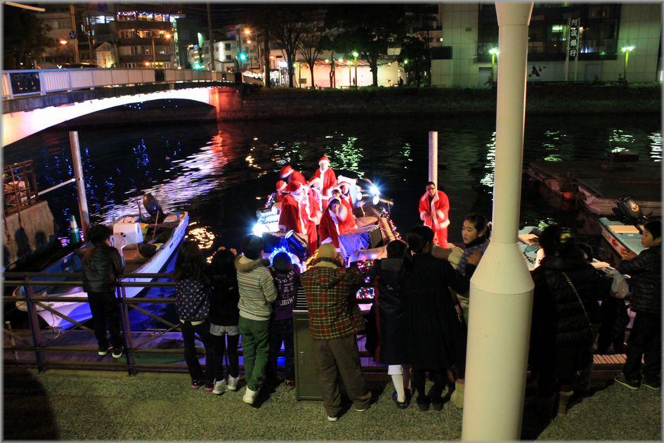 「徳島・川にサンタのいる風景」_d0133024_1915774.jpg