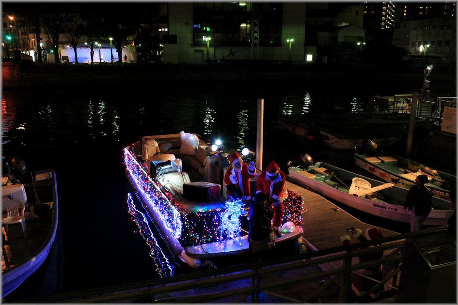 「徳島・川にサンタのいる風景」_d0133024_1925325.jpg