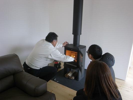 o-house(群馬県太田市)-薪ストーブ火入れ_f0064884_17294052.jpg