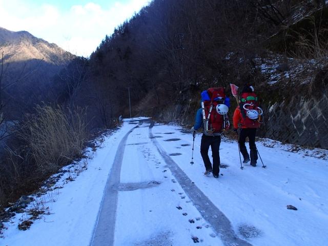 2013年のラストは、聖岳東尾根_b0133032_83181.jpg