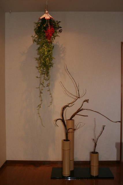 「石化柳」「卯杖」で、お玄関もお正月の準備_f0229190_08330969.jpg