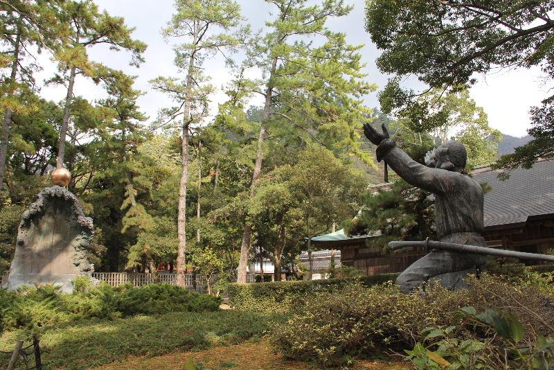 日本神話の旅 【出雲大社】_c0011649_6113770.jpg