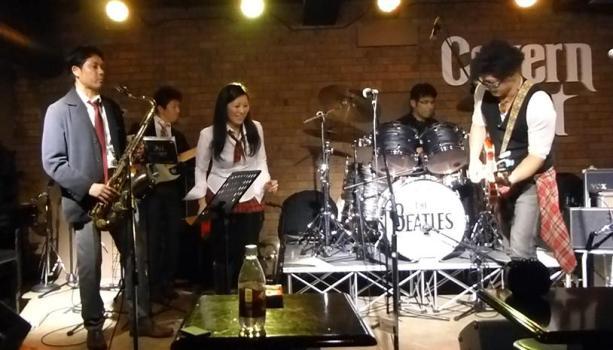 2013年・カラフル年末ライブ初日のライブレポpart2★_e0188087_036275.jpg