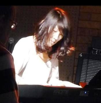 2013年・カラフル年末ライブ初日のライブレポpart2★_e0188087_0364.jpg