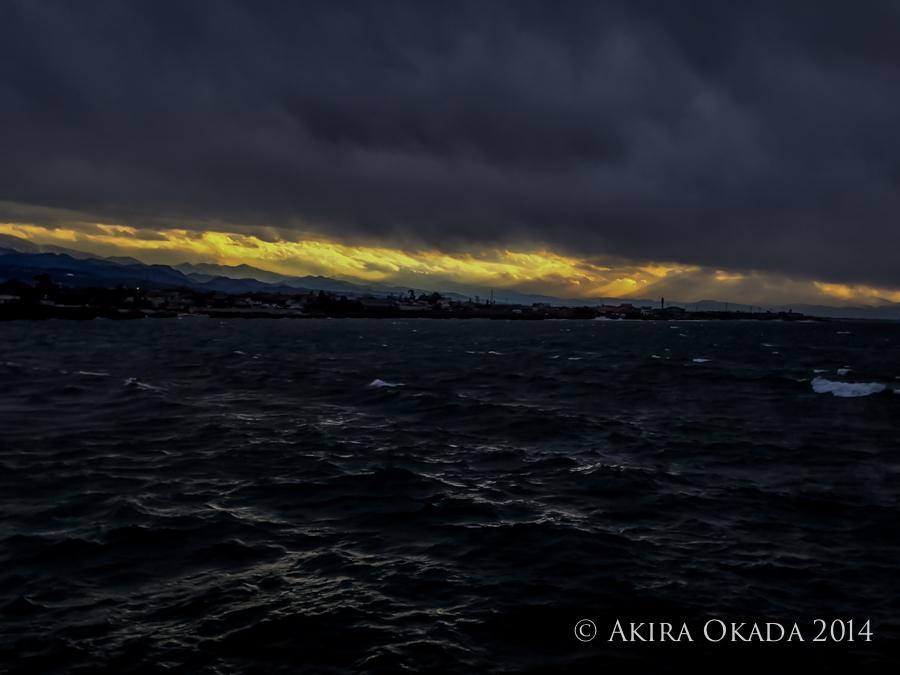 #35 深くて暗い大波小波オイコラ今夜も舟をだす〜〜ぅ_c0315588_10470400.jpg