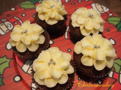 おうちでRed Velvet Cupcakeの復習_f0238789_20102865.jpg