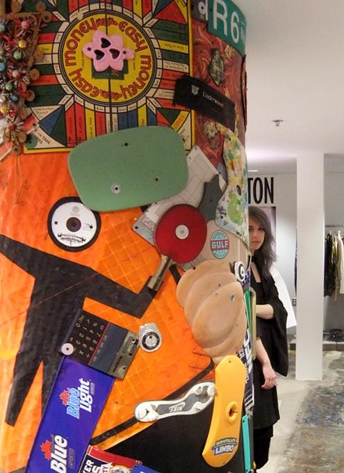 まさにギャルソンらしい超アート空間なドーバー・ストリート・マーケット Dover Street Market New York_b0007805_1412165.jpg