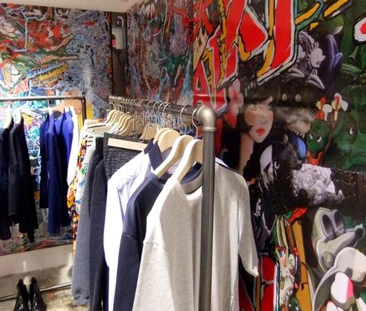 まさにギャルソンらしい超アート空間なドーバー・ストリート・マーケット Dover Street Market New York_b0007805_1413918.jpg
