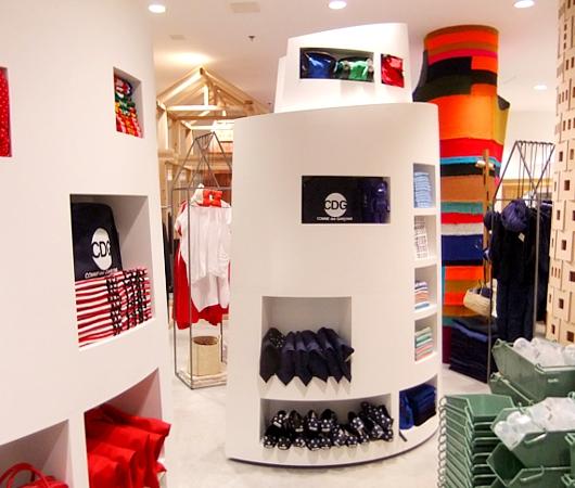まさにギャルソンらしい超アート空間なドーバー・ストリート・マーケット Dover Street Market New York_b0007805_23463071.jpg