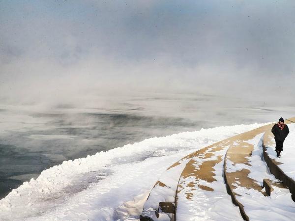 地球大寒波到来1?:ついにナイヤガラの滝が凍った!_e0171614_14573686.jpg