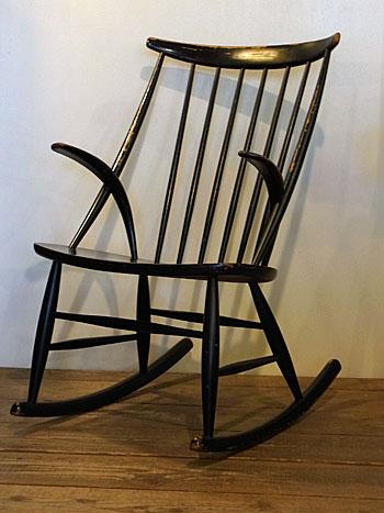 Rocking chair(Illum Wikkelsø)_c0139773_1845197.jpg