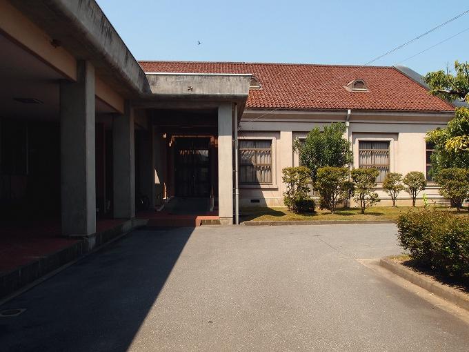 旧日高町公会堂_f0116479_1332844.jpg
