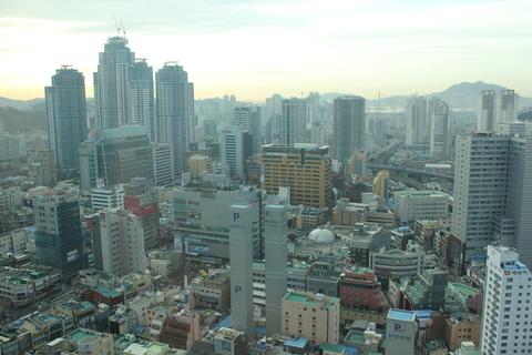 釜山の旅レポ、その2。念願のテジクッパ を「チョンガチブテジクッパ」で。_a0223786_1051987.jpg