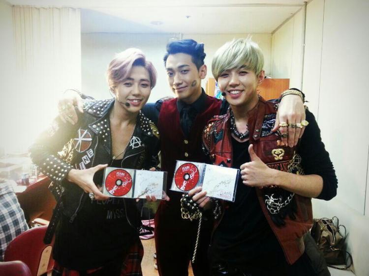 RAIN Music Bank_c0047605_174255.jpg