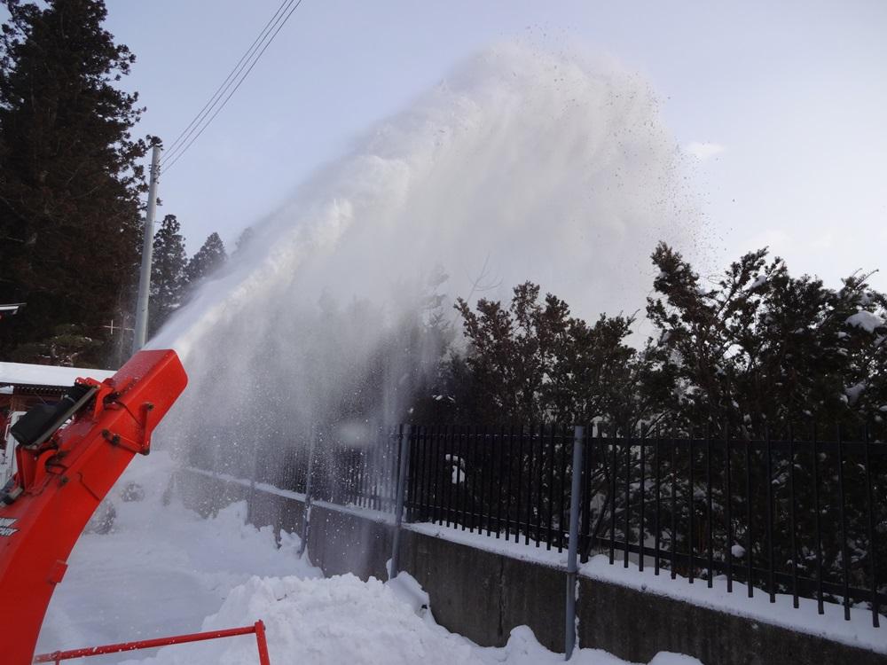 除雪から始まった_c0111229_20324417.jpg