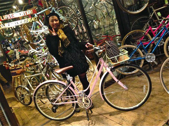 ☆今日のバイシクルガール5本立て☆ 自転車 女子 おしゃれ_b0212032_21182491.jpg