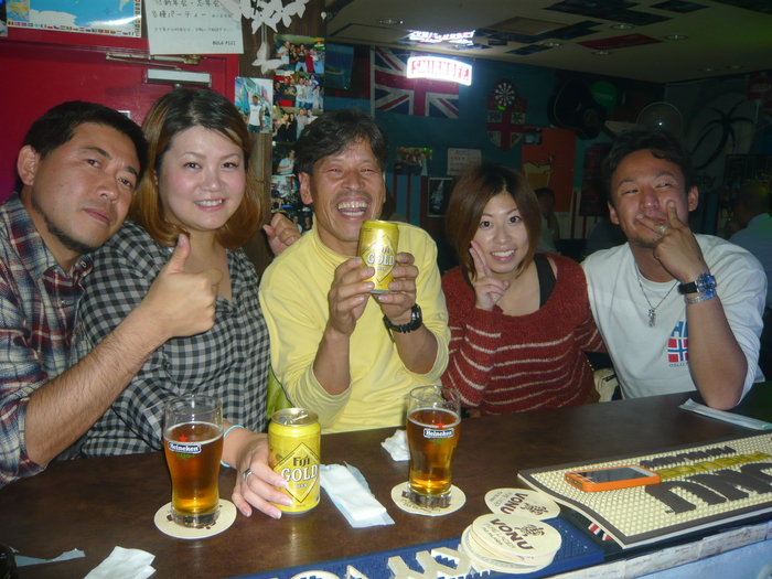 FIJI BAR Osaka Dec 2013_a0117653_2413121.jpg