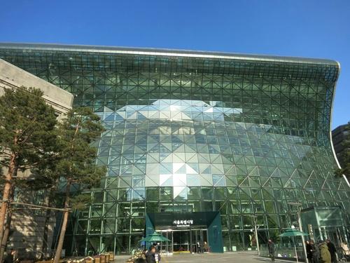 X'mas in Seoul ⑦明洞聖堂~ソウル新市庁舎_f0236260_11334113.jpg