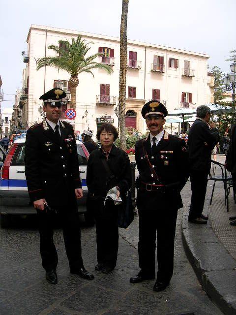 イタリア旅⑥⑦4月10,11日、タオルミーナ、チェファル観光_f0060461_18514933.jpg