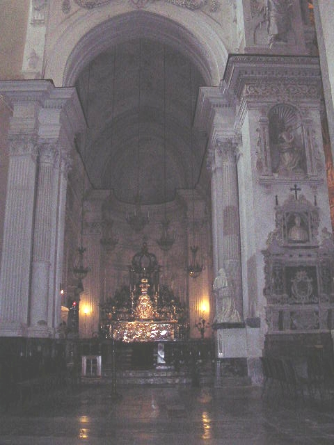 イタリア旅⑥⑦4月10,11日、タオルミーナ、チェファル観光_f0060461_1857565.jpg