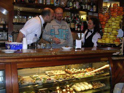 イタリア旅⑥⑦4月10,11日、タオルミーナ、チェファル観光_f0060461_193195.jpg