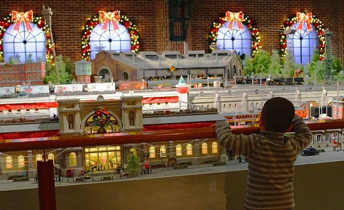 横浜三井ビルディングのクリスマス 原鉄道模型博物館のクリスマス_b0145398_21265680.jpg