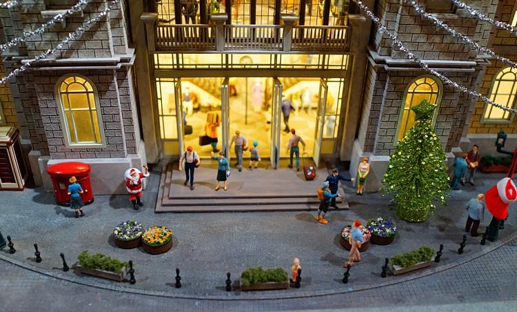 原鉄道模型博物館のクリスマスイルミネーション_b0145398_22504893.jpg