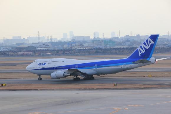 ANA 伊丹空港 ボーイング747-ダッシュ400 テクノジャンボ飛来_d0202264_7285868.jpg