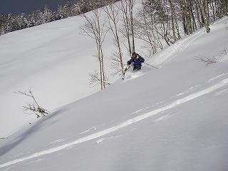 立石林道から鷲ヶ岳(東面滑降)_e0064783_20280435.jpg