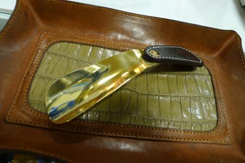 携帯用靴べら~革靴と長く付き合うために~_d0166598_1143431.jpg