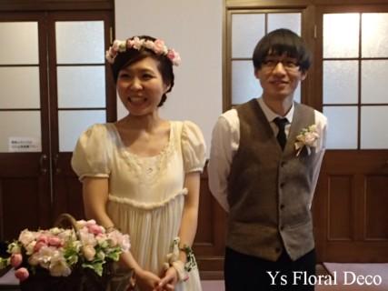 桜色のバスケットブーケ、花冠、リストレット 紅茶染めのドレスに_b0113510_11322913.jpg