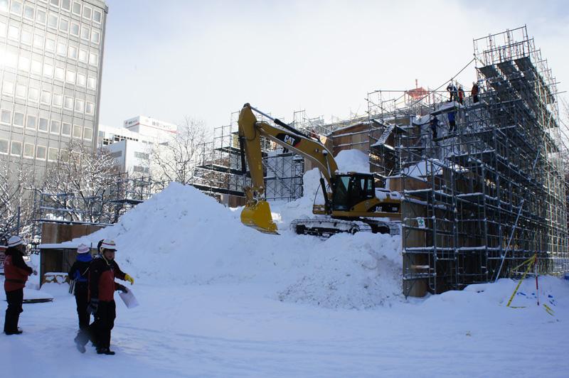 札幌雪祭り、ただ今準備中_b0019313_17565184.jpg