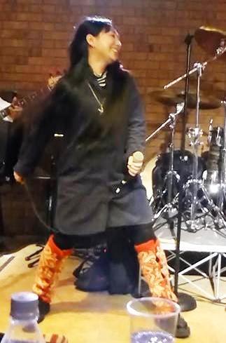 2013年・カラフル年末ライブ初日のライブレポpart2★_e0188087_017164.jpg