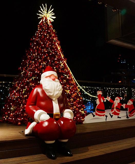 横浜ワールドポーターズのクリスマスイルミネーション2013_b0145398_1660100.jpg