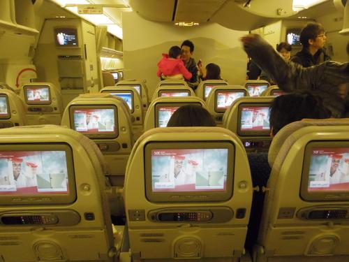 ドバイへの旅(6)―エミレーツ航空と空港と交通_e0123104_6543223.jpg
