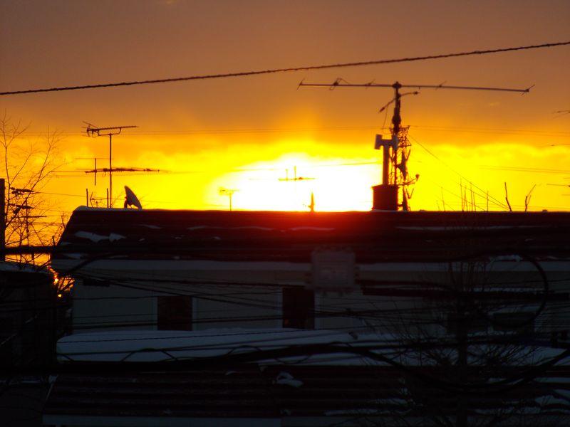 1月15日の朝日 北への移動が明確に_c0025115_19251174.jpg