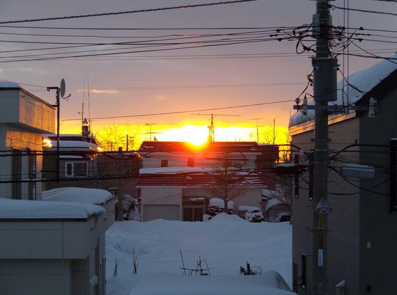 1月15日の朝日 北への移動が明確に_c0025115_19251330.jpg
