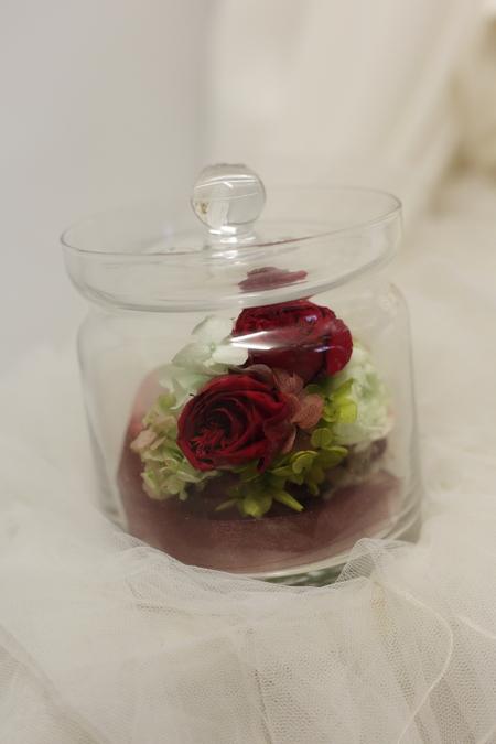 リリメリア 和装の髪飾りの花をフレーム仕立てに 結婚式後の花の保存方法_a0042928_18462579.jpg